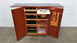 Sale 9171 - Lot 1055 - Vintage fold out teak bar unit with fitted interior - keys in office (h:112 w:50 d:60)