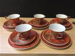 Sale 9152 - Lot 2313 - Set of 5 japanese ceramic trios with dragons