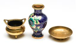 Sale 9253 - Lot 274 - A small cloisonne vase (H:11cm) together with a brass censer and dish
