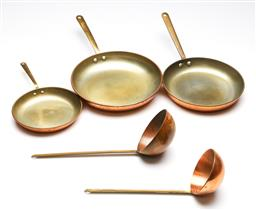 Sale 9246 - Lot 3 - A set of three graduating copper frying pans together with two soup ladles, all with brass handles (Dia:22.5cm - largest pan)