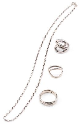 Sale 9149 - Lot 506 - SILVER CHAIN AND THREE RINGS; 2.5mm wide cable link chain to bolt ring clasp, length 49cm, a triple band ring set with zirconias (2...