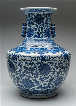 Sale 9211 - Lot 94 - A Large Blue and White Chinese Vase Featuring Waves to Shoulder (H:54cm)