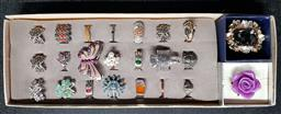 Sale 9254 - Lot 2136 - Tray of 23 Costume Rings