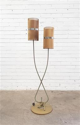 Sale 9151 - Lot 1025 - Retro twin shade floor lamp (h150cm)