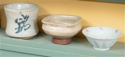Sale 9120H - Lot 224 - Three pieces of potted cups in various sizes, tallest Height 6cm