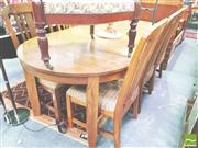 Sale 8368 - Lot 1083 - Oak table and 6 chairs