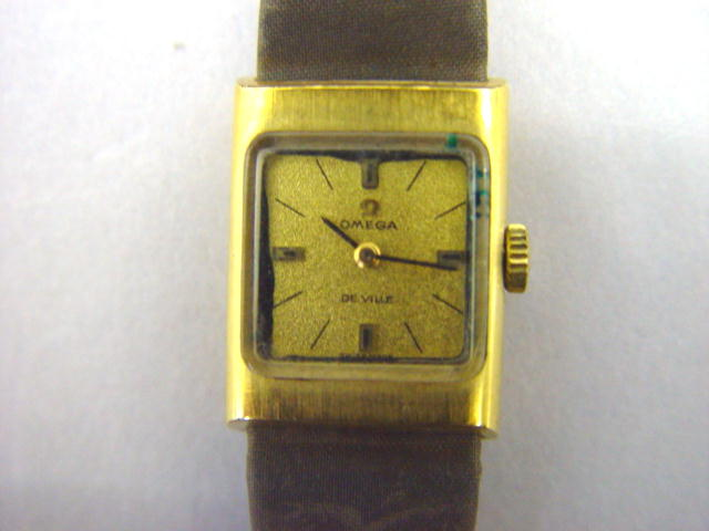 Sale 3545 - Lot 59 - A LADIES OMEGA DE VILLE WRIST WATCH;