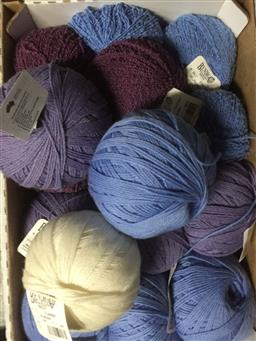 Sale 9152 - Lot 2599 - A large collection of woollen and fabric spools