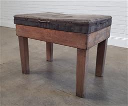 Sale 9179 - Lot 1083 - Butchers Block, with typical compound top, on solid square legs (h:75 l:91 w:61cm)