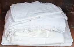 Sale 9120H - Lot 235 - A quantity of assorted white and off white table cloths (some linen)