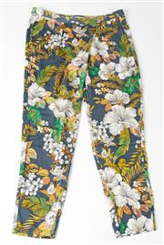 Sale 8541A - Lot 26 - A pair of Lisa Ho silk mix tropical patterned pants, size 10