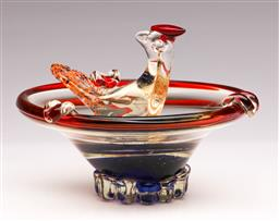 Sale 9104 - Lot 7 - Art deco glass of ashtray with peacock at the centre (d:15cm)