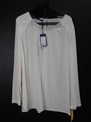 Sale 8514H - Lot 52 - Laurel Cream Long Sleeve Top - UK size 18