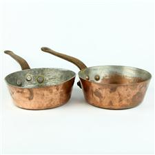 Sale 8351A - Lot 48 - Pair of French Copper Saucepans diameter 20cm depth 7cm(approx weight 4kg)