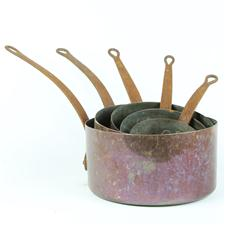 Sale 8351A - Lot 61 - Set of Five Graduated French Copper Saucepans diameter 13-24cm depth 7-13cm(approx weight 5.5kg)