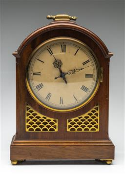 Sale 9211 - Lot 37 - A Mahogany and Brass Cased Mantle Clock (H:33.5cm)