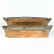 Sale 8351A - Lot 55 - Pair of Graduated Swing Handle French Copper Fish Pans 43x11-50x16cm depth 9cm(approx weight 3kg)