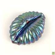Sale 8589R - Lot 94 - Art Glass Shell Form Paperweight (W: 9cm)