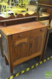 Sale 8380 - Lot 1043 - Cedar Meat Safe