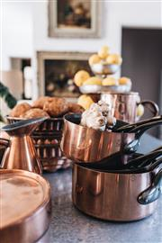 Sale 9040H - Lot 56 - Les cuivres set of 5 French graduated sized copper cooking pans factory marked 10- 18 cm