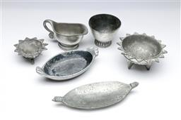 Sale 9098 - Lot 193 - Collection of Carrol Boyes bowls & dishes