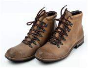 Sale 9080F - Lot 91 - A PAIR OF MENS COUNTRY ROAD HIKING BOOTS; in brown with black padded heels to inside, Size 43