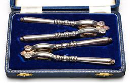 Sale 9253 - Lot 223 - A pair of English boxed silverplated nutcrackers (L:15cm)