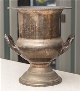 Sale 9162H - Lot 21 - A Ranleigh sliverplated champagne bucket, Height 26cm