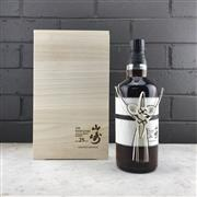 Sale 9079W - Lot 815 - The Yamazaki Distillery 25YO Single Malt Japanese Whisky - 43% ABV, limited edition 700ml bottle in timber presetation box with slip...