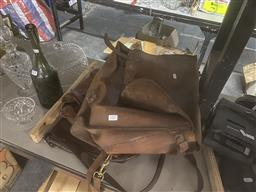 Sale 9101 - Lot 2377 - Collection of 3 Leather Satchels incl Country Road