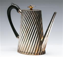 Sale 9168 - Lot 409 - A silver-plated teapot with ebony handle (H:21cm)