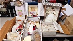 Sale 9176 - Lot 2343 - Eight collectable china dolls in packaging incl. Paradise Galleries, Good-Kruger, Hamilton Collection, Master Piece Gallery, etc.