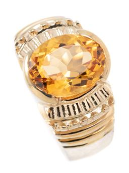 Sale 9209J - Lot 307 - A SILVER CITRINE RING; gilt top set with an oval cut citrine of approx. 2.14ct, top width 11.5mm, size N, wt, 5.68g.