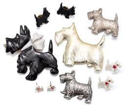 Sale 9164J - Lot 507 - A COLLECTION OF VINTAGE SCOTTIE DOG JEWELLERY; 6 metal brooches, sizes 23 x 20 - 72 x 72mm, and two pairs of white plastic stud earr...