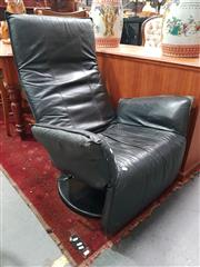 Sale 8676 - Lot 1033 - Modern Recliner