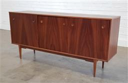 Sale 9188 - Lot 1074A - Vintage elevated sideboard with sliding doors (h:85 x w:183 x d:46cm)