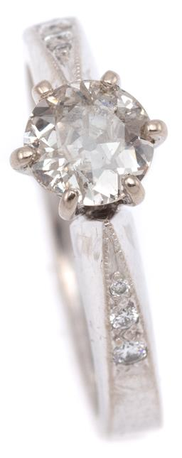 Sale 9090J - Lot 399 - A VINTAGE 18CT WHITE GOLD DIAMOND RING; bead claw set with an Old European cut diamond of approx. 0.52ct (5.76mm) to reverse tapered...