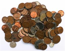 Sale 9173 - Lot 73 - A collection of coins incl florins, pennies and Roman coins