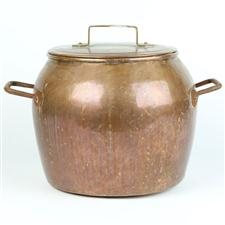 Sale 8351A - Lot 77 - Lidded French Copper Urn diameter 28cm depth 22cm(approx weight 3.5kg)