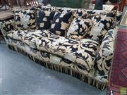 Sale 8580 - Lot 1023 - Duresta Two Seater Sofa - Made in England (84 x 230 x 105cm)