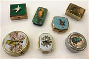 Sale 8436A - Lot 8 - A Group of assorted pill boxes with bird decoration including Stratton. (7)