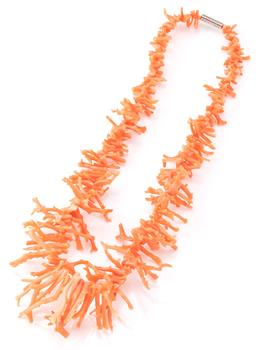 Sale 9140 - Lot 320 - A BRANCH CORAL NECKLACE; 4-34mm long coral stems to a screw clasp, length 38cm.