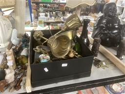 Sale 9101 - Lot 2354 - Collection of sundries inc brasswares, brush, camera and others