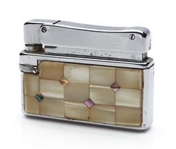 Sale 9123J - Lot 291 - A vintage 'Polly-Gaz' lighter by Cortina with decorative mother of pearl finish, width 5.5cm