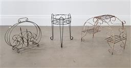 Sale 9255 - Lot 1440 - Collection of 3 metal garden stands (h:40cm)