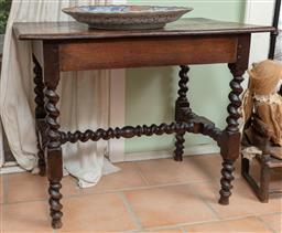 Sale 9120H - Lot 323 - An early oak occasional table on barley twist legs and stretcher. Height 70cm x Width 86cm x Depth 54cm