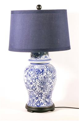 Sale 9110 - Lot 34 - A blue and white Chinese ceramic ginger jar converted to lamp with blue linen shade (H:75cm)