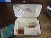 Sale 8405 - Lot 2269 - Pair of Gentlemans Chequered Cuff Links