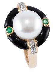 Sale 8974 - Lot 384 - A PEARL AND GEMSET DECO STYLE RING; centring a 9.8mm cultured freshwater button pearl to surround of onyx and 2 round cut emeralds (...
