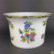 Sale 8649 - Lot 62 - Herend Queen Victoria Pattern Jardiniere with Inverted Rim